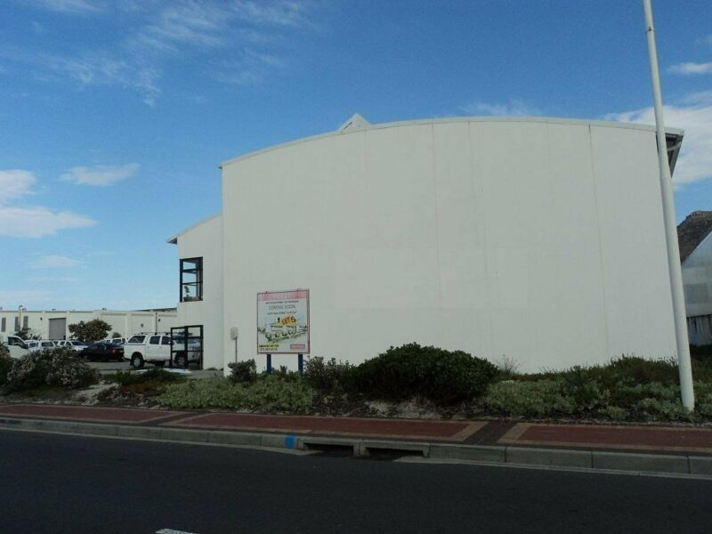 Warehouse to Let in Capricorn Business Park