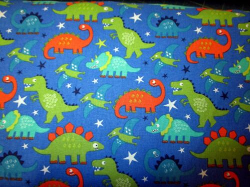 DINOSAURS BRIGHT FUN CUTE CHILDREN 100/% COTTON PATCHWORK QUILT FABRIC
