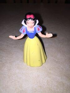 Walt-Disney-Snow-White-3-034-PVC-Figure-3