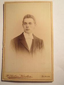 Berlin-Willy-Schlottermueller-als-junger-Mann-mit-19-Jahren-Portrait-CDV