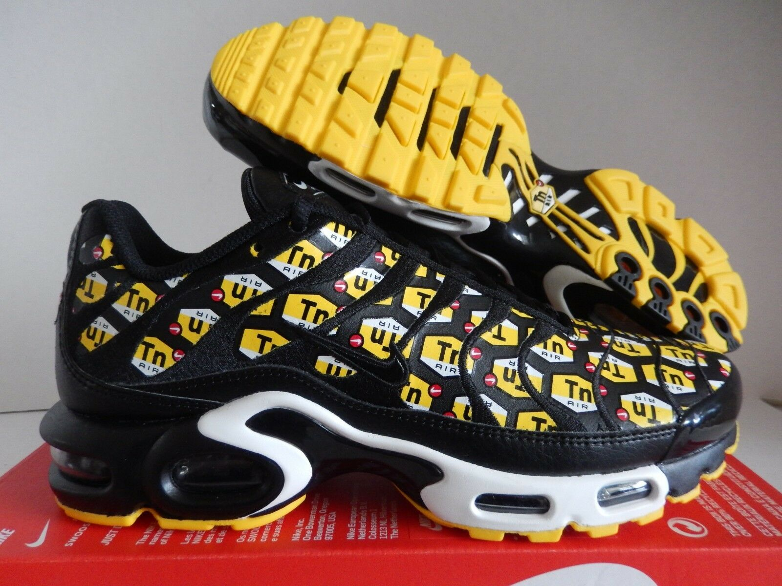 NIKE AIR MAX PLUS QS  QUICKSTRIKE   TN TUNED AIR  BLACK SZ 10.5 [903827-002]