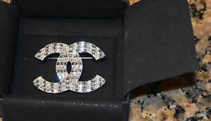 Chanel-Clear-amp-Blue-Crystal-Brooch-Pin-New-in-Box-NEW-FOR-2019