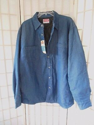 Men's Wrangler Denim Shirt with Quilted Lining Size Large RELAXED 4 Pockets NEW