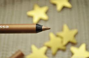 Essence-Waterproof-Extreme-Lasting-Eye-Pencil-10-Heart-of-Gold-Long-Lasting