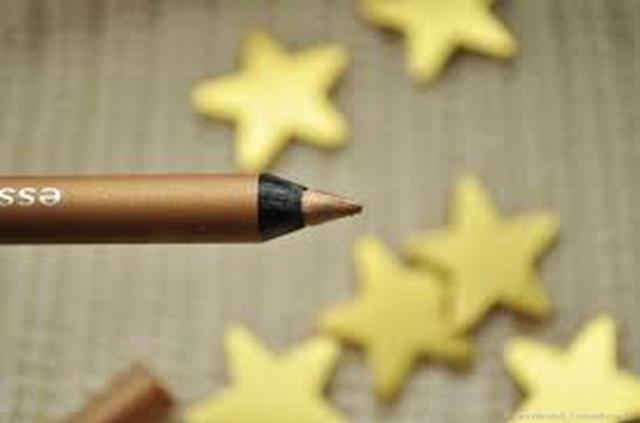 Essence Waterproof Extreme Lasting Eye Pencil 10 Heart of Gold Long Lasting