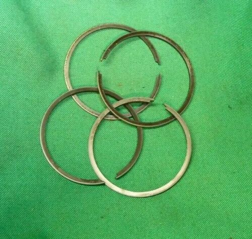 SUZUKI T125 STINGER RINGS 0.05 OS OEM 12140-14700