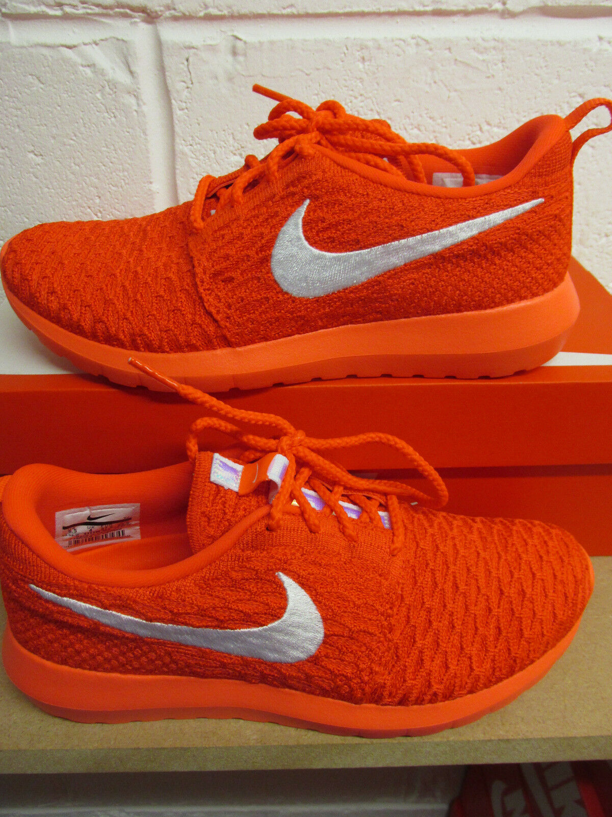 best-selling model of the brand Nike Womens Roshe NM Flyknit Runing Trainers 843386 604 Sneakers Shoes