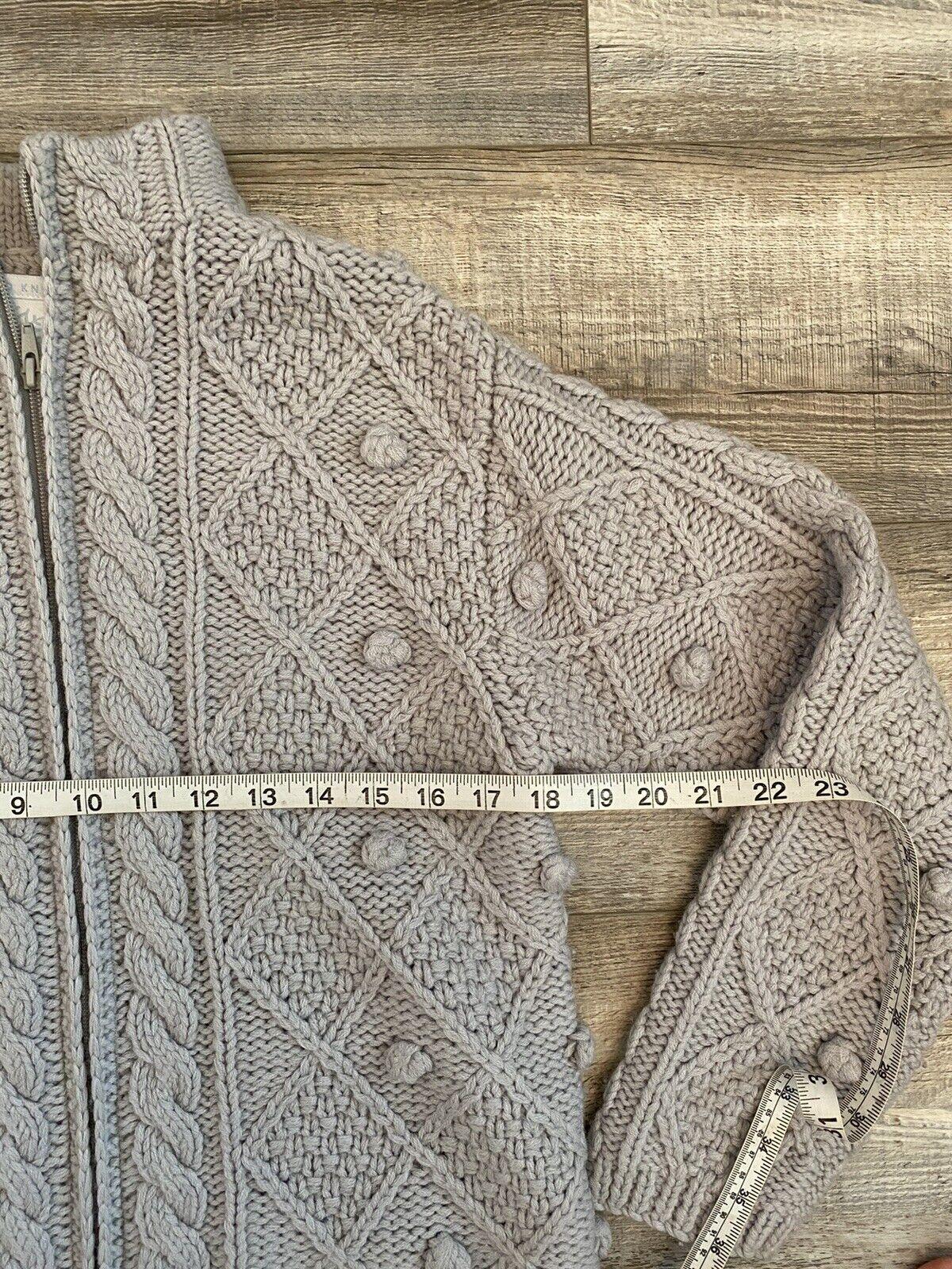Hand Knit Gray Wool Crochet Chunky Knit Pom Pom F… - image 7