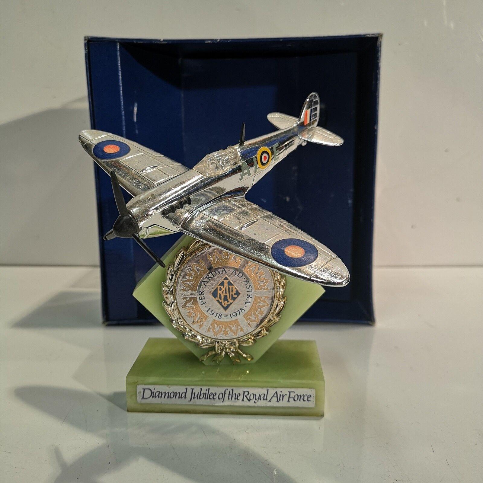DINKY N. 700 Spitfire MARK 11 Giubileo di diamante della RAF 1979 IN SCATOLA USATO