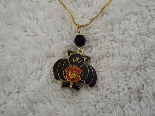 C40 Goldtone Black Bat Pumpkin HALLOWEEN Pendant Necklace