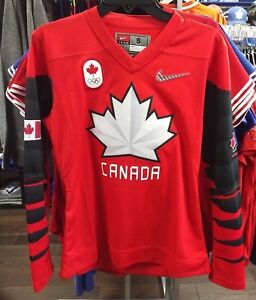 2018 Team Canada IIHF Hockey Olympic Red Jersey Player Women s ... 072989e35d0