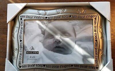 """ten Little Fingers Ten Little Toes"" Baby Frame 4 X 6 Profit Small"