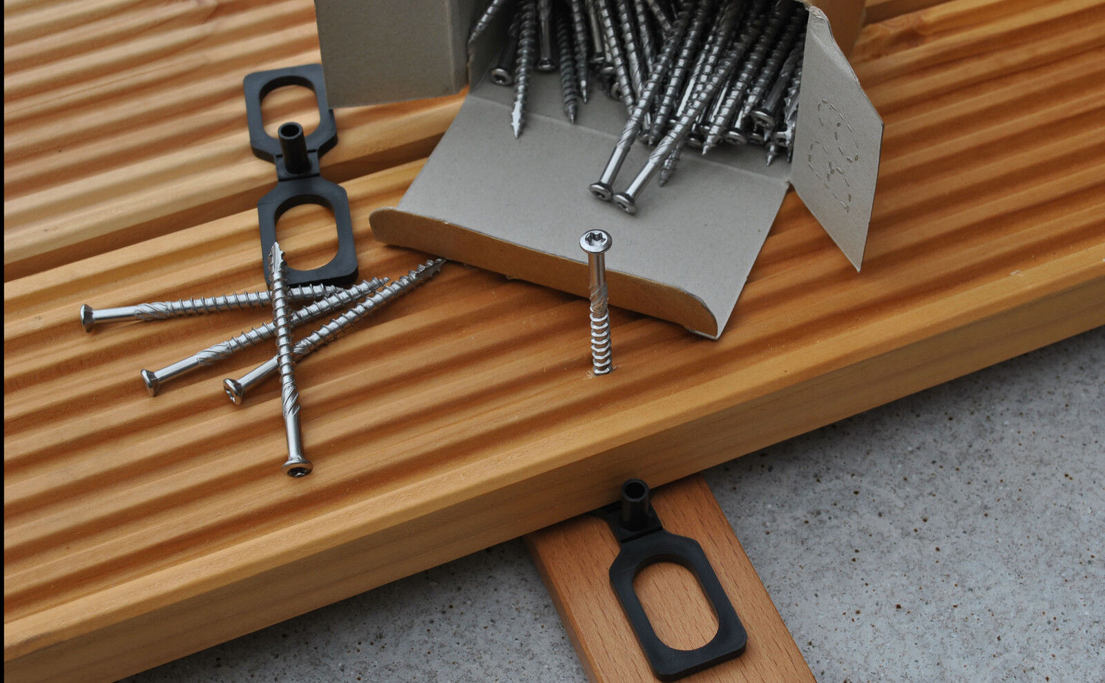 Terrassenschrauben T-Drill  Edelstahl Cut-Spitze + Abstandhalter Distanzhalter