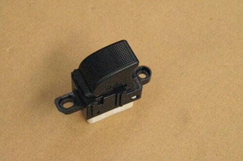 Mazda Premacy CP Schalter Fensterheberschalter Hinten 358-2N12