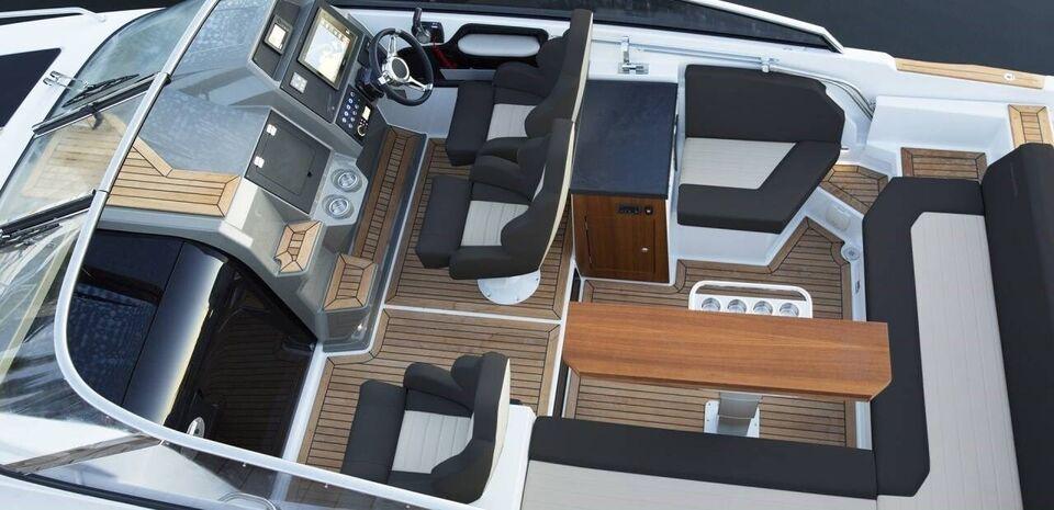 Finnmaster T8, Motorbåd, årg. 2022
