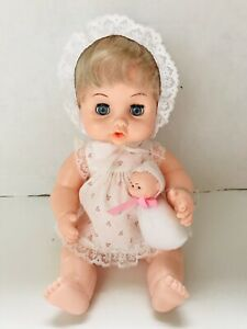 RARE-VINTAGE-Baby-Girl-DOLL-BY-PLAYMATES-AUDREY-amp-HER-BABY-Blonde-blue-Eyes