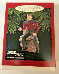 Hallmark-Star-Trek-Chrismas-Ornament-Commander-William-T-Riker-H6