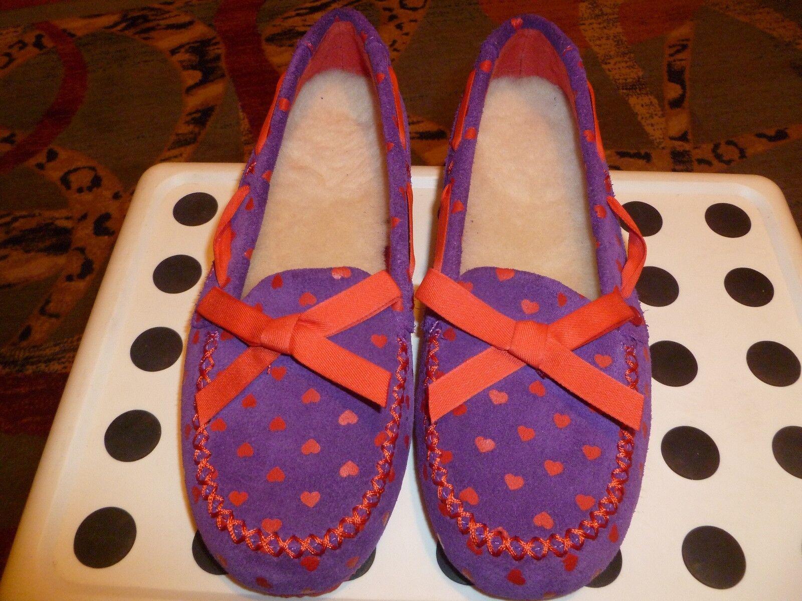 """Nouveau I Love UGG Fille Chaussures / Mocassins Semelles en laine sued Violet / Rouge taille 4, 9 \""""longueur"""