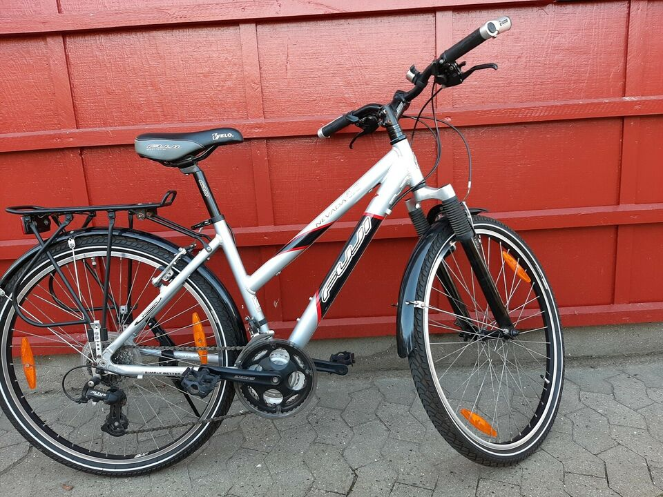 Fuji Nevada 4.0 Lady, anden mountainbike, 17 tommer