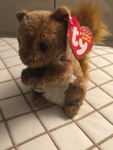 Ty Beanie Babies NWT Rare Treehouse The Squirrel  Adorable Great Gift Idea❤️