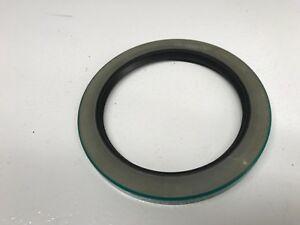 New CR Seals SKF 39320 Oil Seal