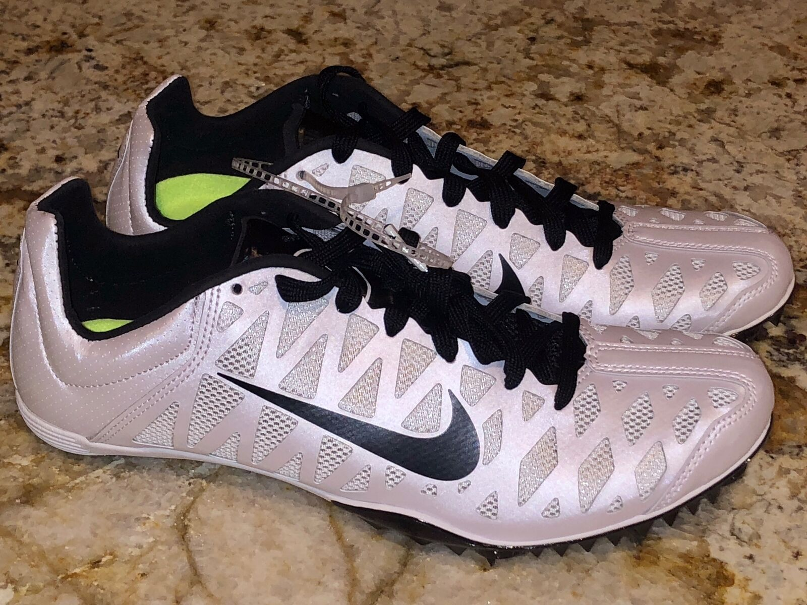 NIKE Zoom Maxcat 4 Sprint White Black Track Running Spikes shoes NEW Mens Sz 6 9