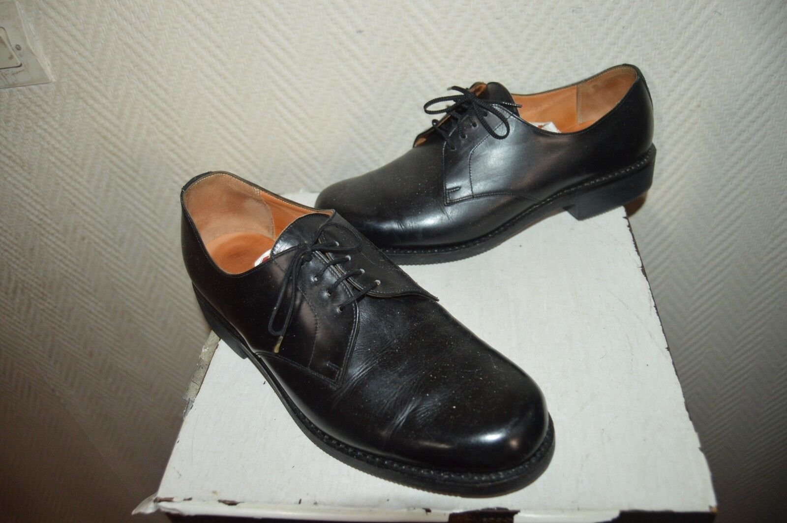 CHAUSSURE BATA MOUSSEY size 41  6 SHOES shoes STIVALI CUIR ARMEE POLICE MODE