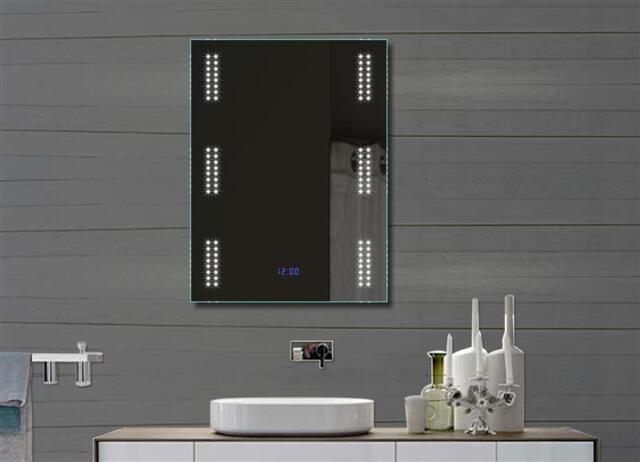 LED Beleuchtung Badezimmerspiegel Wandspiegel Badspiegel Lichtspiegel Uhr  60x80