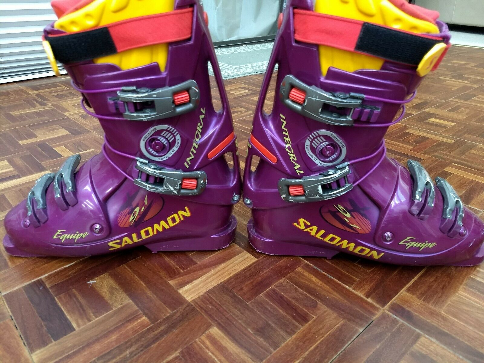 Salomon Integral Equipe 9.1 Ski Boots 26.5 Womens Size 9.5 Mens 8.5