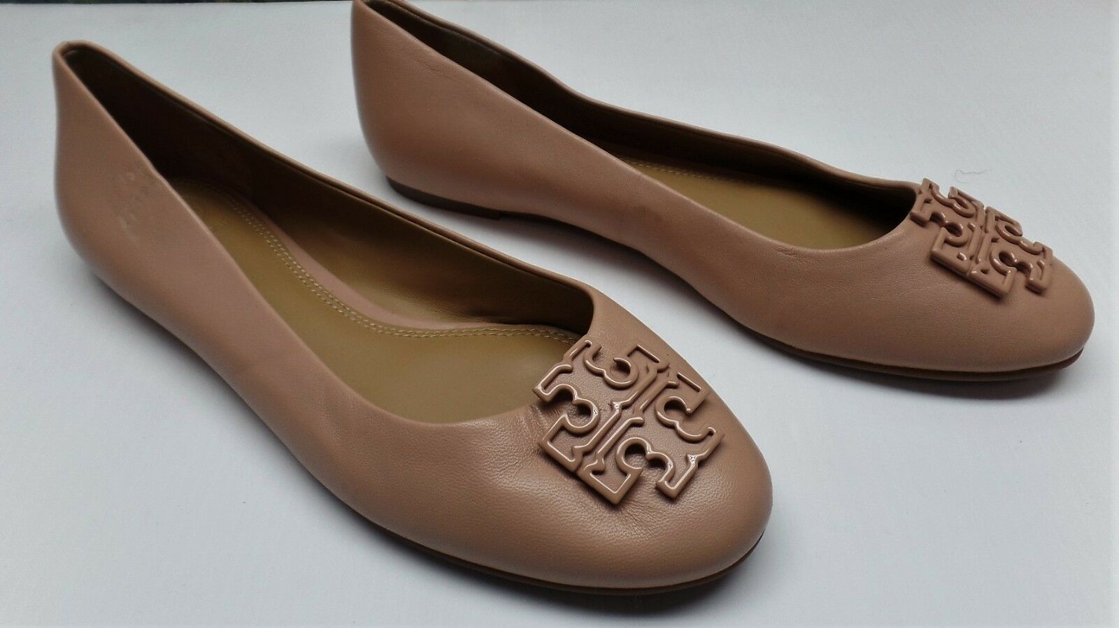 Tory Burch Melinda Coated Flats in Nude - Size 8.5M -  248