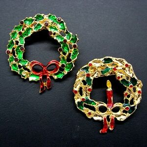 Two-Gold-Tone-Christmas-Wreath-Pins-Red-amp-Green-Enamel-Holiday-Brooch-Vintage
