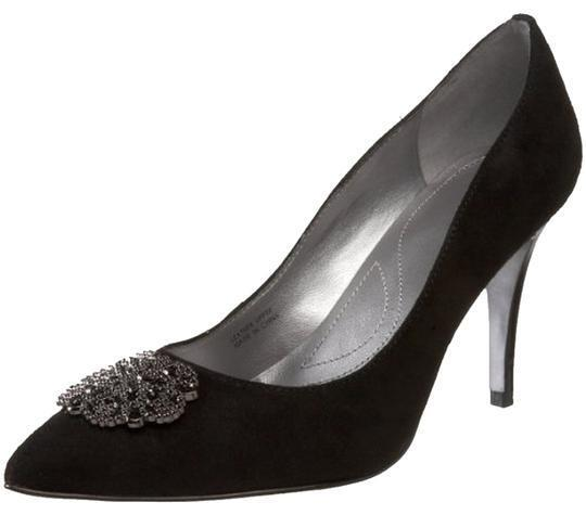 Tahari High Heels Pumps Eli Accord Black Suede Size 6.5 Brooch Classic