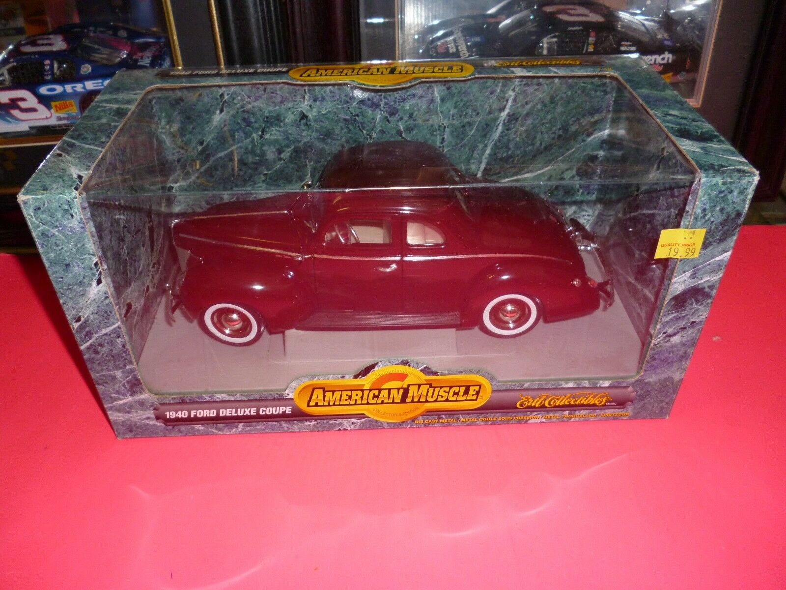 ERTL AMERICAN MUSCLE 1940 FORD DELUXE COUPE DIE-CAST IN ORIGINAL BOX