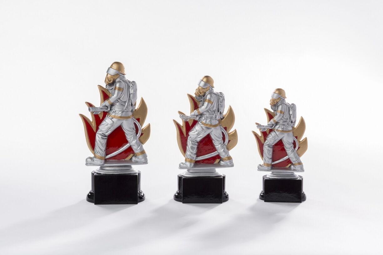 3 Pokale Figuren Feurwehr Feuerwehrmann mit Gravuren