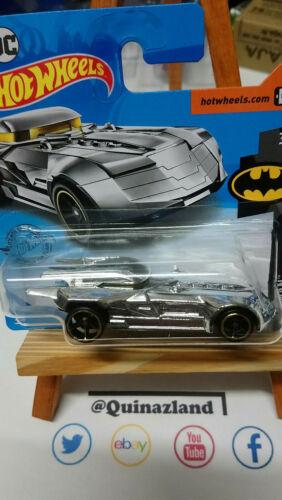 NP16 Hot Wheels Batmobile   2020-009 Batman