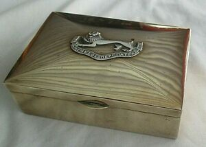 Antique-Vintage-Brass-Cigarette-Case-With-A-Military-Silver-Plate-Crest-On-Lid