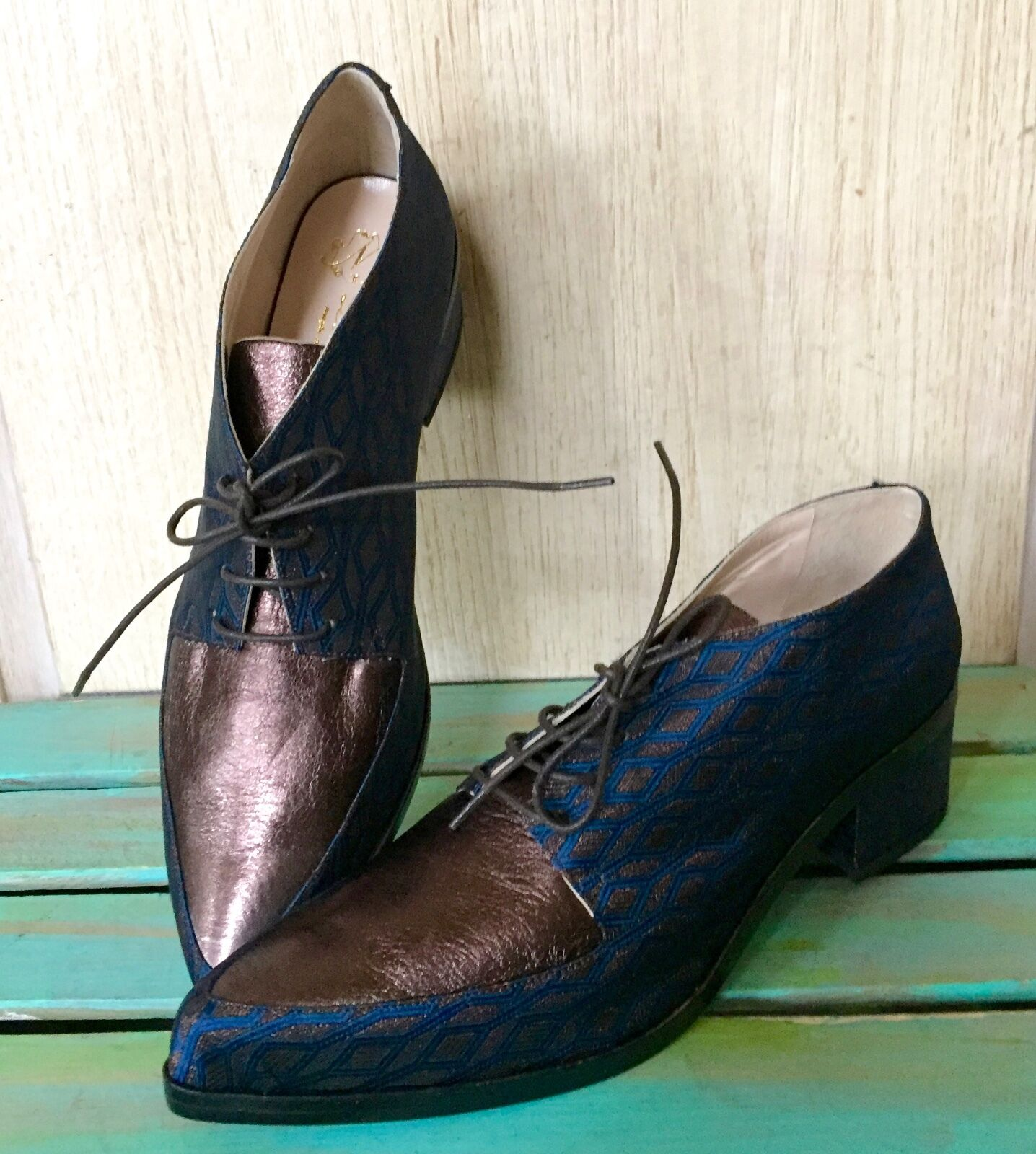 NIB Lenora bluee Bronze Fabric Leather Oxford Bought at Anthropologie shoes 38