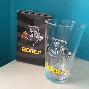 POWELL-PERALTA-PINT-GLASS-Bones-Brigade-SKATE-SKELE-LOGO-USA-Pint-with-Box