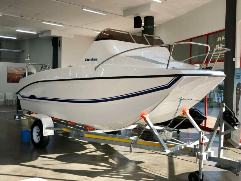 New 2018 SeaCat 565 Forward-Console Offshore Fishing Boat with 2x Yamaha 70 HP 4-Stroke Outboards