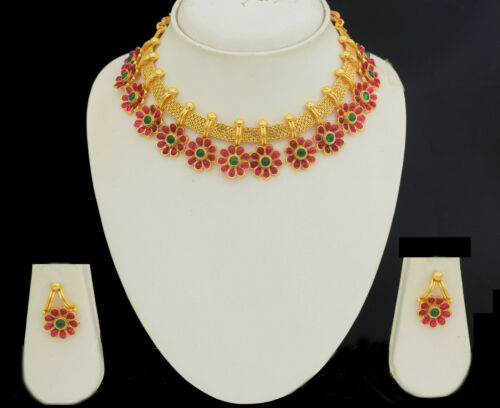 South Indian Bollywood Fashion Golden Colored Women Party Necklace Set Ear Drops