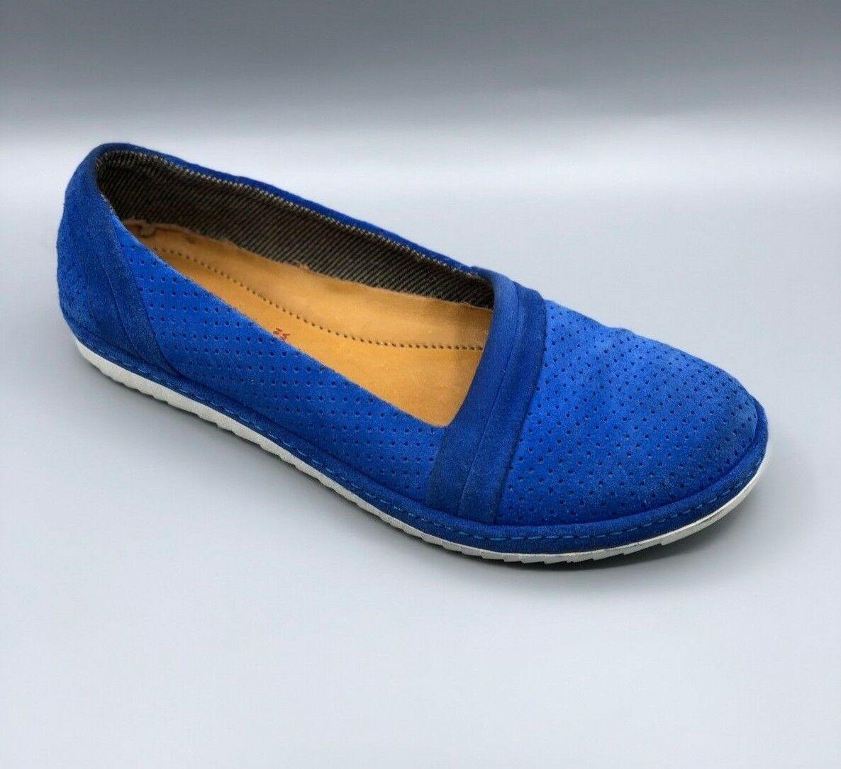NEW Clarks  African Guide  Ladies bluee Suede Flat Comfy shoes UK 4 D