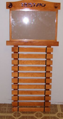 KARATE BELT  DISPLAY RACK 11 SLATS WITH DOCUMENT HOLDER