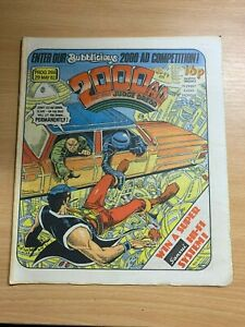2000AD-PROG-266-29-MAY-1982-UK-LARGE-PAPER-COMIC-JUDGE-DREDD