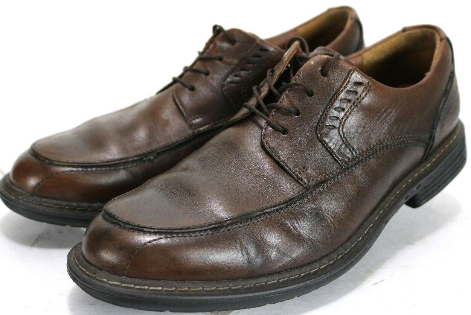 Clarks Unstructured Men's  Dress shoes Size 8.5 Leather Brown