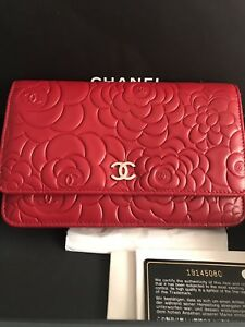 a692e9a660c8f7 Brand New Chanel Camellia Wallet on a Chain ( WOC ) Red | eBay