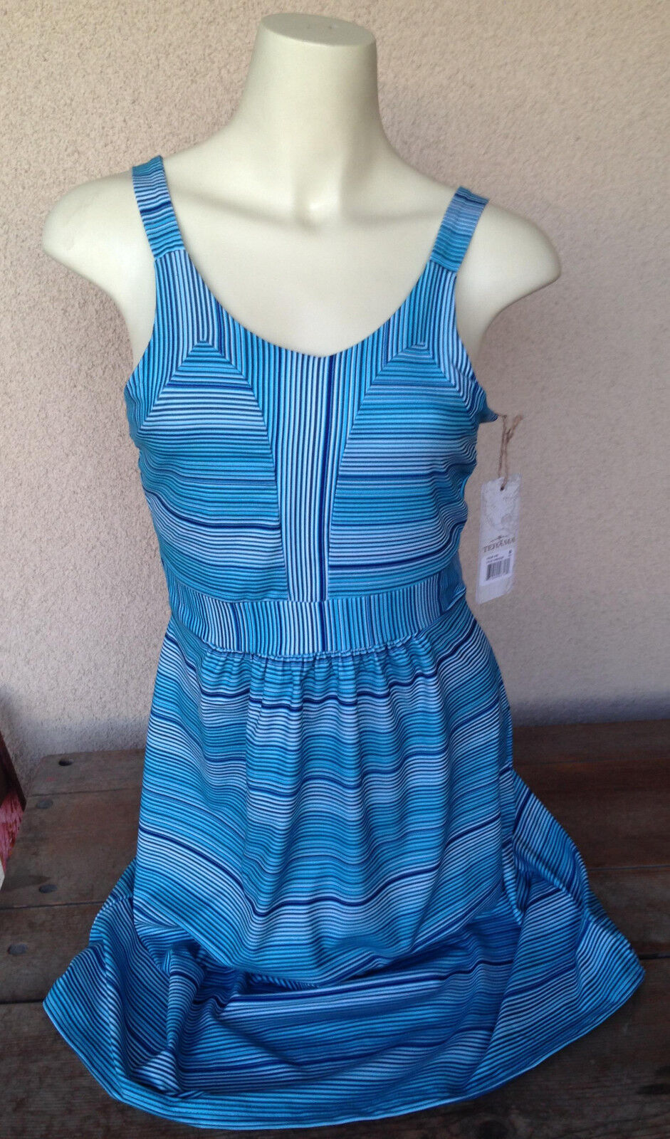 Womens Tehama Tennis Dress Jersey Turquoise bluee Small NWT New Stripes Straps