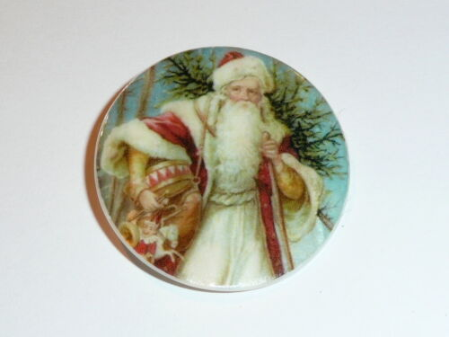 """Old Time Santa w// Toys MOP Mother of Pearl Shank Button 1+3//8/"""" Christmas Tree"""