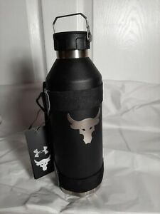 New Under UA x Project Rock Peak 40 oz Water Bottle with sleeve 1343470