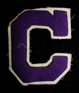 VINTAGE-1960-039-S-1970-039-S-SCHOOL-LETTER-WHITE-AND-PURPLE-PATCH-5-034-X-6-034