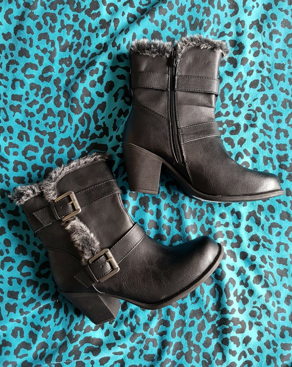 £49.50 Marks and Spencer M&S Black Fur Boots 5 1/2 39